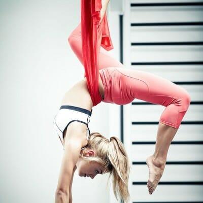 800-aerial-yoga_0